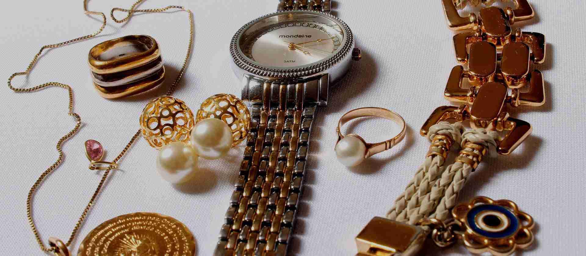 Joyas y Reloj de Oro